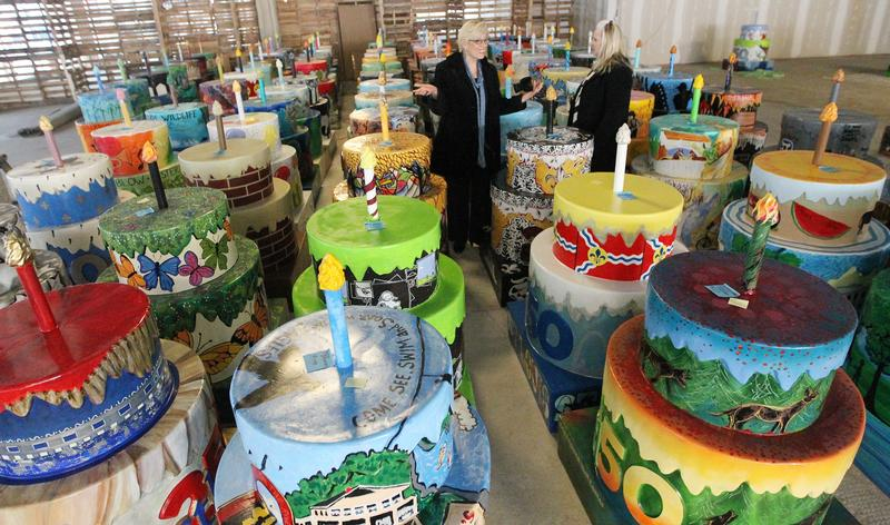 STL250 birthday cakes are popping up across the city.