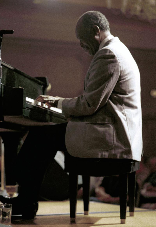 Hank Jones-1987