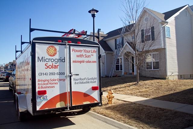 Microgrid Solar installer prepare to put panels on an O'Fallon, Missouri home.