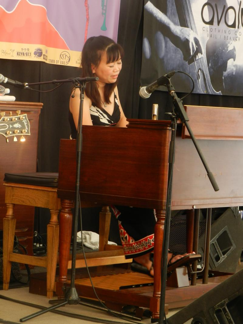 Akiko Tsuruga-2013