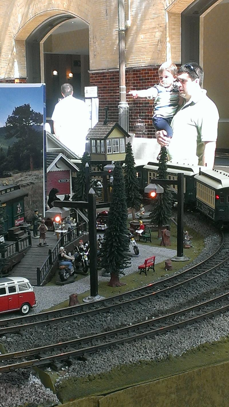 Seen at the Gateway Garden Railroad Club display.