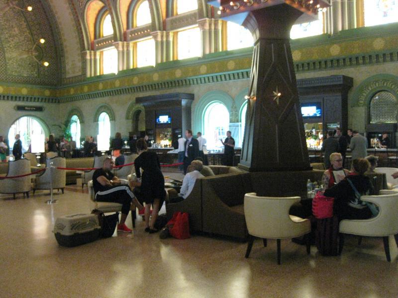 Grand Hall waiting area and bar
