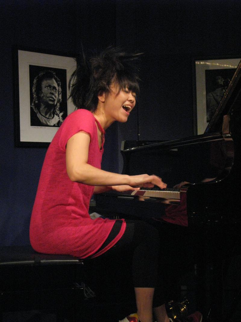 Hiromi Uehara-2011