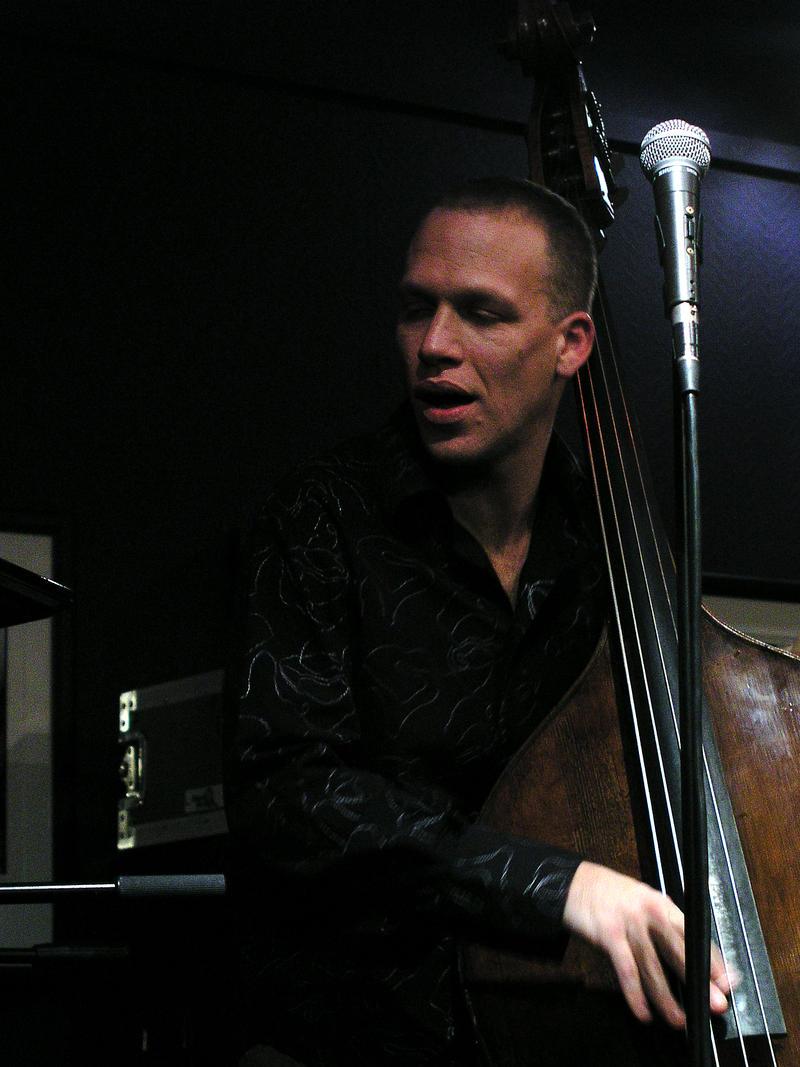Avishai Cohen-2004