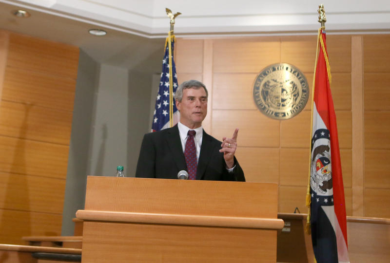 St. Louis County Prosecutor Bob McCulloch discussing the grand jury decision on November 24, 2014.