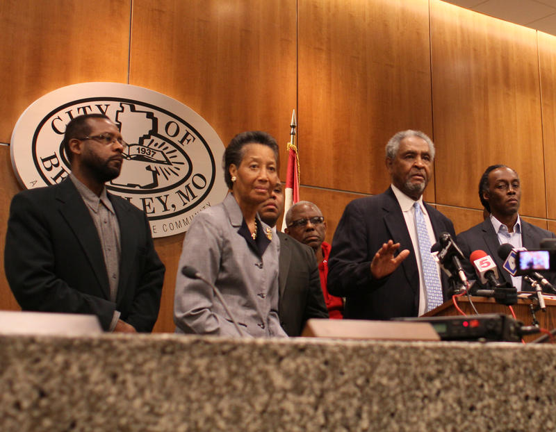 Mayor Hoskins,surrounded by Berkeley City Council, stressed the Dec. 23 2014 shooting of Antonio Martin was unlike Michael Brown's death in Ferguson