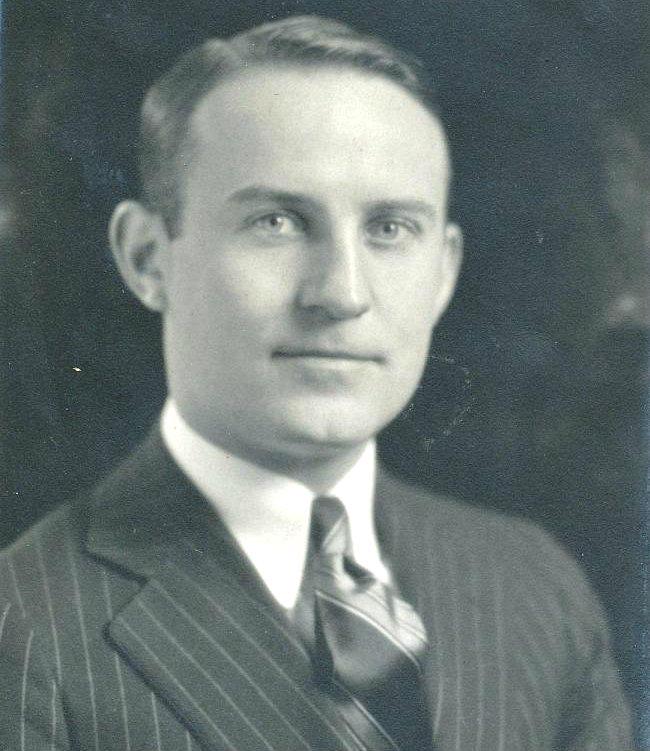 Gustel R. Kiewitt