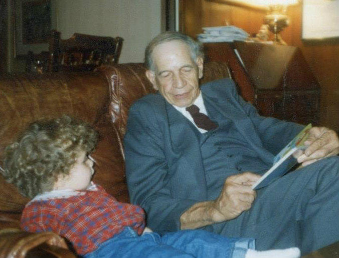 Lincoln Diuguid reads to a grandchild.