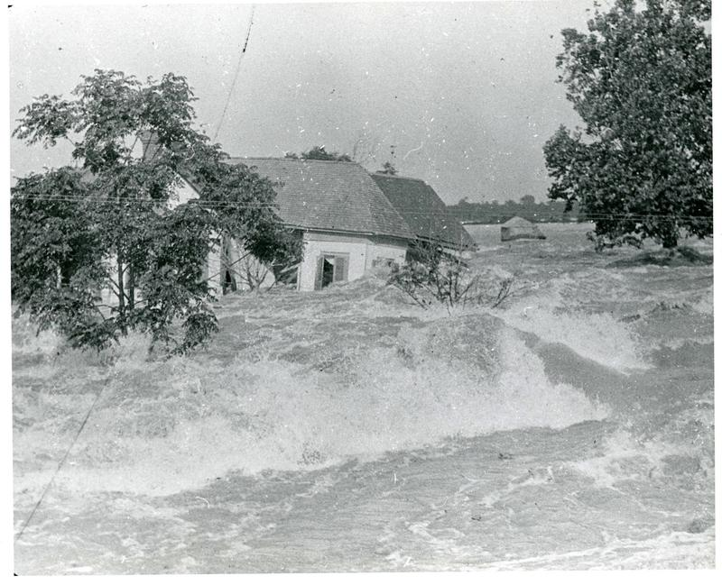 Flood of 1927: More than 200 people died, and a half-million people lost their homes.