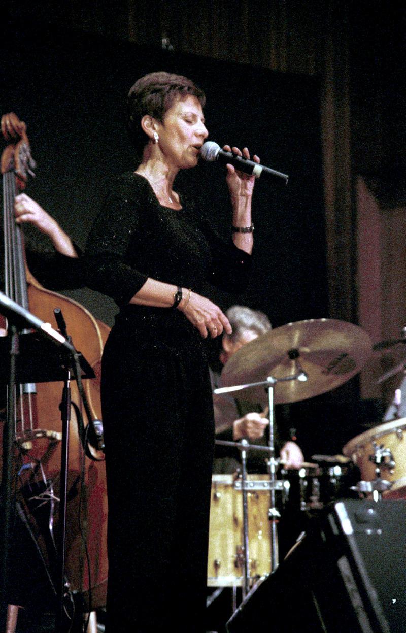 Janice Borla-2000