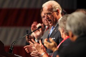 Joe Biden in stl