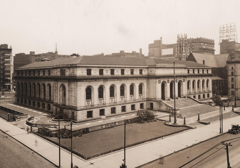 St. Louis Public Library's Central Library, which opened in 1912, was funded through monies from Andrew Carnegie. Five of the library's neighborhood branches funded by Carnegie are still in use today.