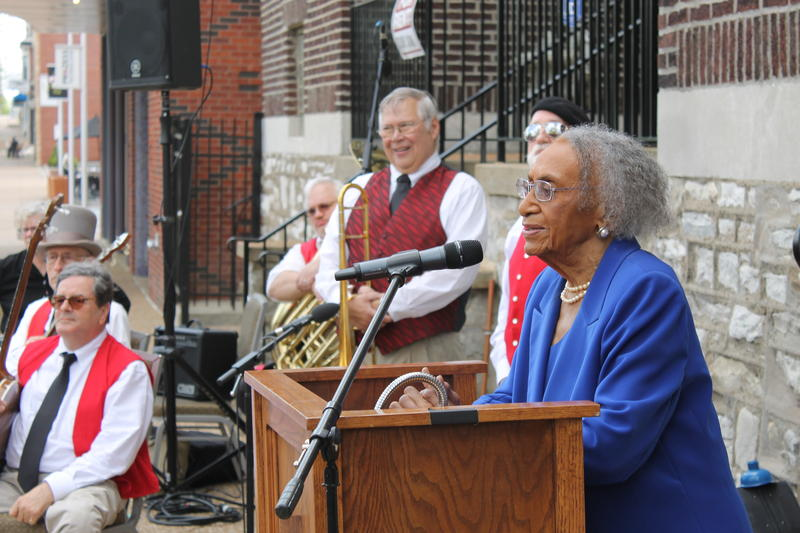 Frankie Freeman speaking at her induction into the St. Louis Walk of Fame.