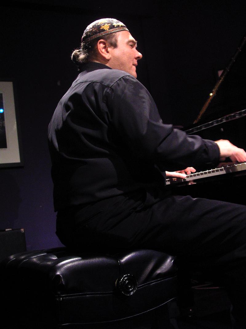 Edsel Gomez-2003