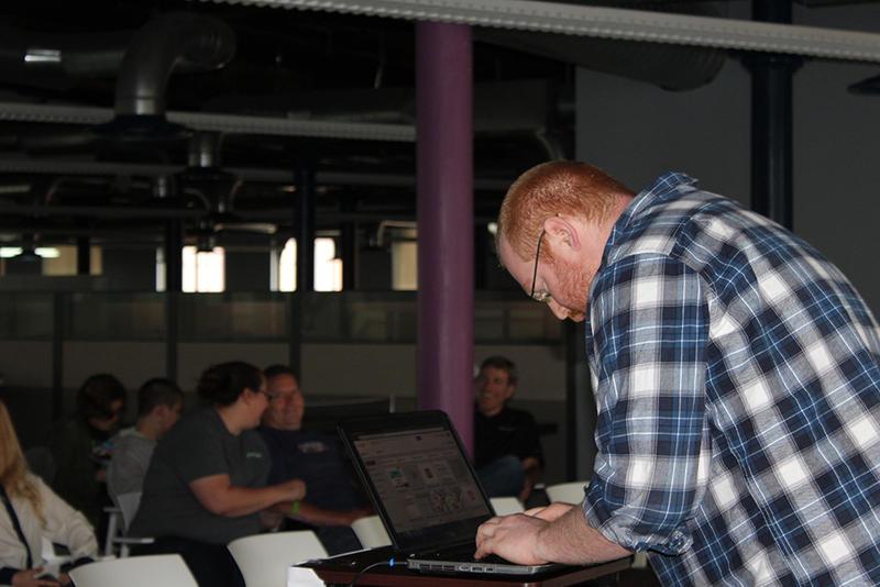 Build STL Hackathon organizer Jonathon Leek loads up a project presentation on Sunday, May 31, 2015 at the 555 Building downtown.