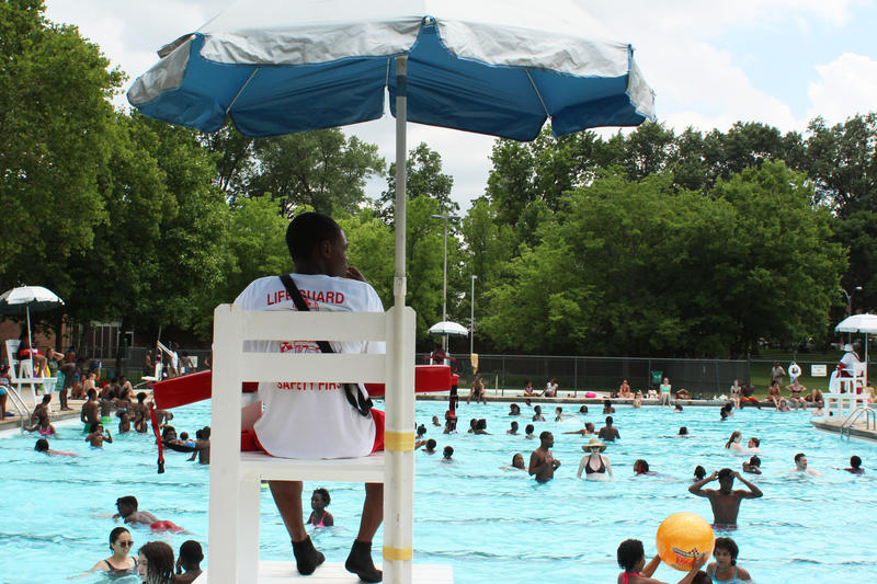 Marquette Park Pool Opens