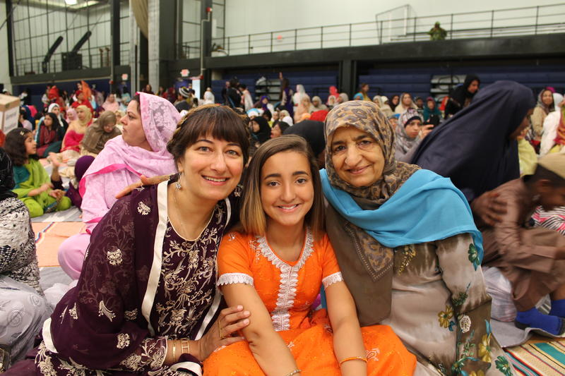 St. Louis native Yasmin Malik (left) of Portland, Ore., came back to celebrate Eid with her family, including her niece and mother.