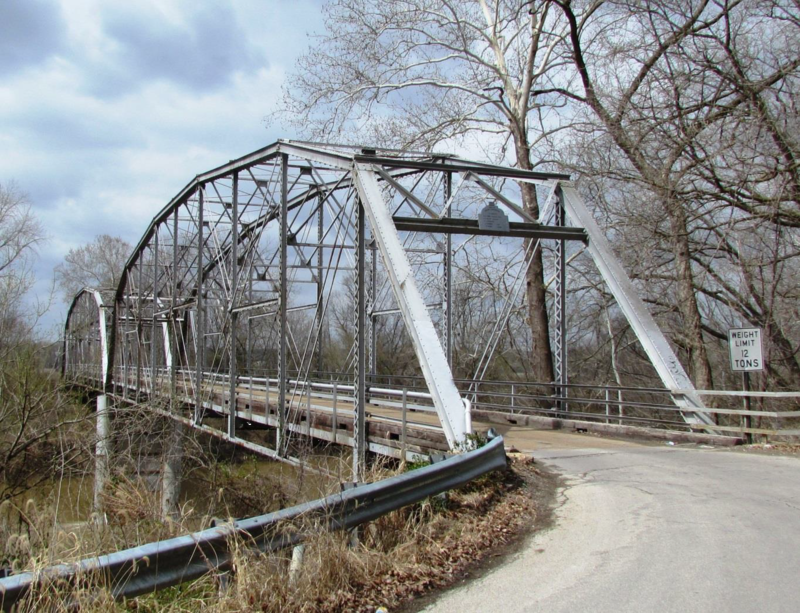 Withington Ford Bridge, the Bend Bridge was constructed in 1917 by the St. Louis firm of Miller and Borcherding, Pacific, Mo.,