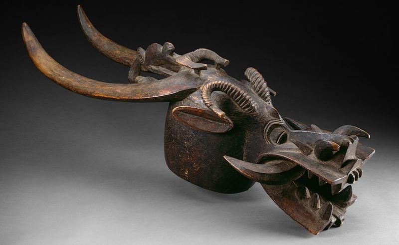 Unidentified artist, Helmet mask, wood. length of 30 and one-half inches. The Arti Institute of Chicago, African and Amerindian Purchase Fund, 1963:842