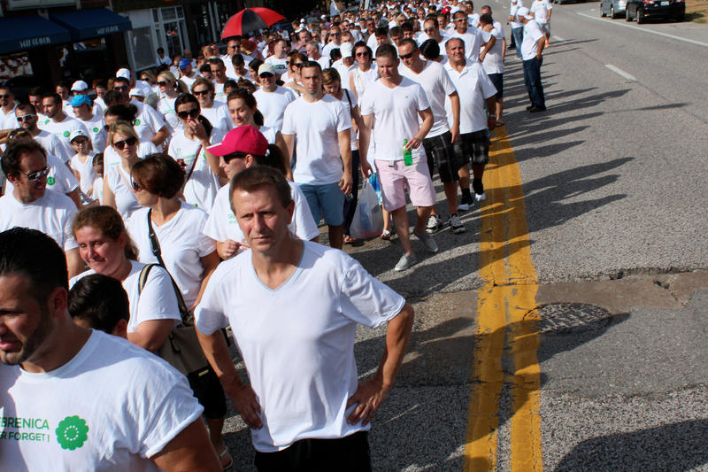 Over 1500 Bosnians gathered to march in memorial to the Srebrenica massacre