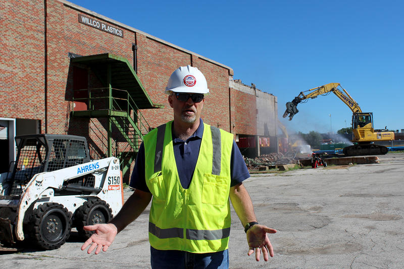 Jeff Weatherford is the EPA's on-scene coordinator at Carter Carburetor.