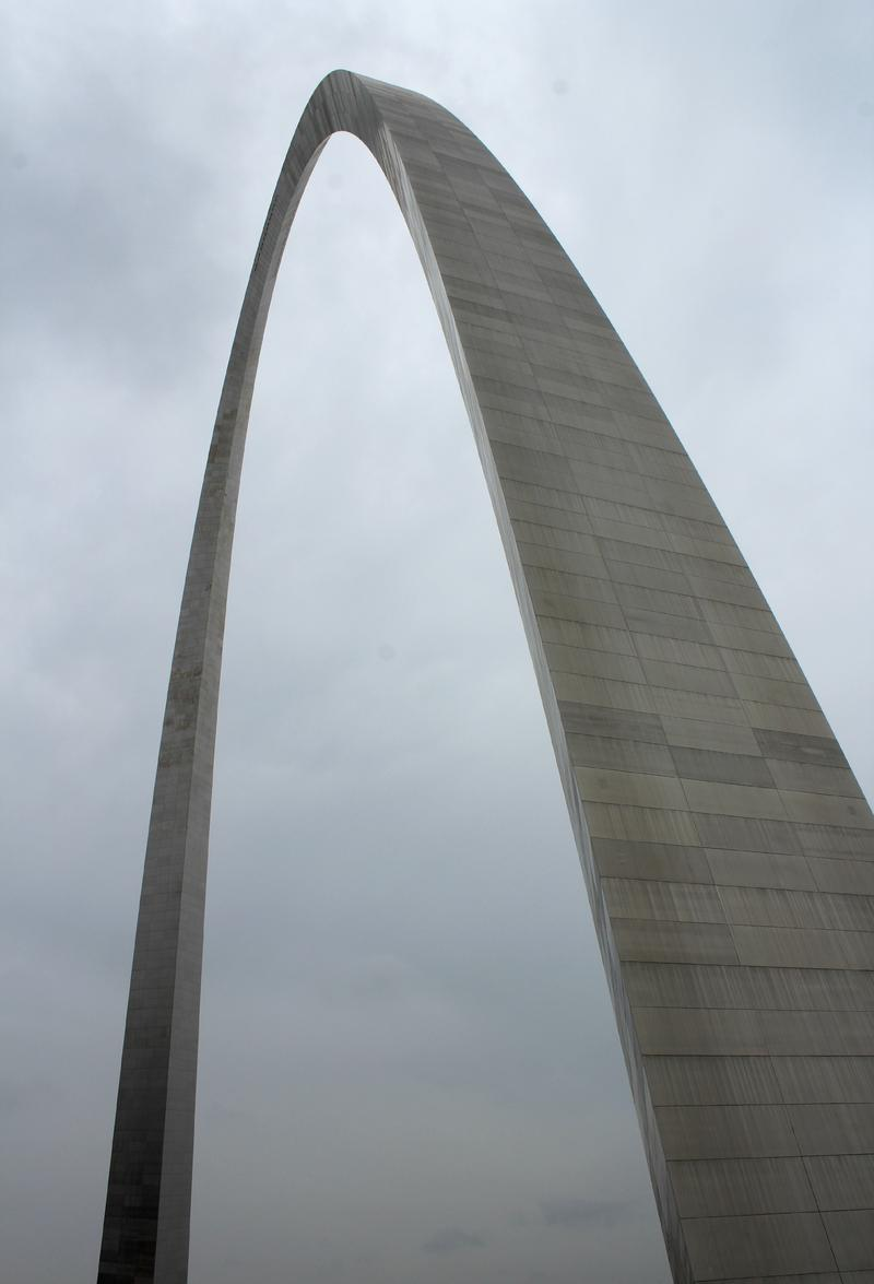 The Gateway Arch soars 630 feet. Traveling to the top takes four minutes; traveling back down takes only three.