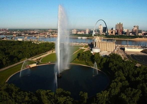 If it's not windy, the Gateway Geyser on the East St. Louis riverfront can reach 600 feet, nearly the height of the Arch.