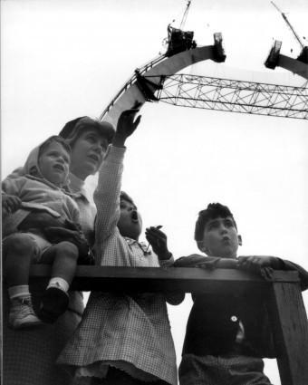 A family photo made by Charles Guggenheim: P. [Philip] Davis Guggenheim, Marion Streett Guggenheim, Grace Guggenheim, Jonathan Guggenheim