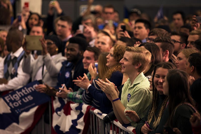 Clinton Ignites Supporters With Rousing St Louis Speech