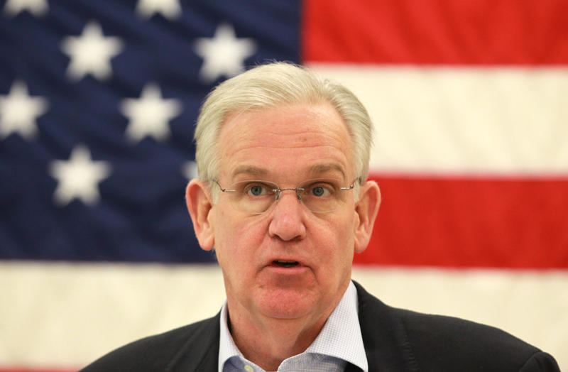 Missouri Gov. Jay Nixon was dismissive of the Rams' 29-page document explaining why the team wants to relocate to Los Angeles.