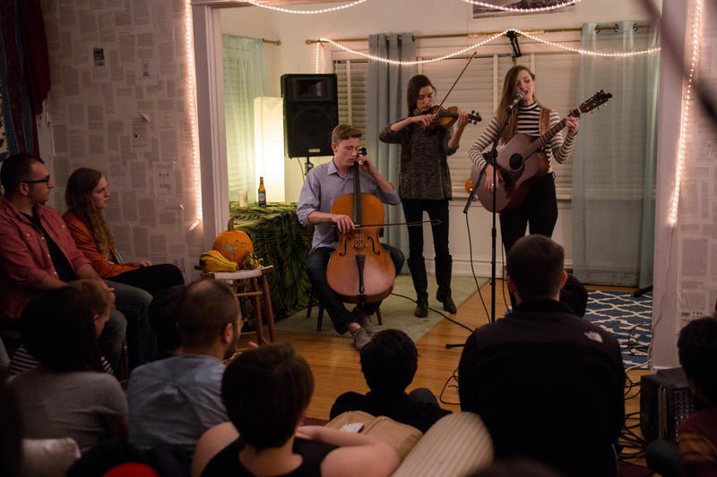 Lizzie Weber, at a Sofar Sounds concert in St. Louis.
