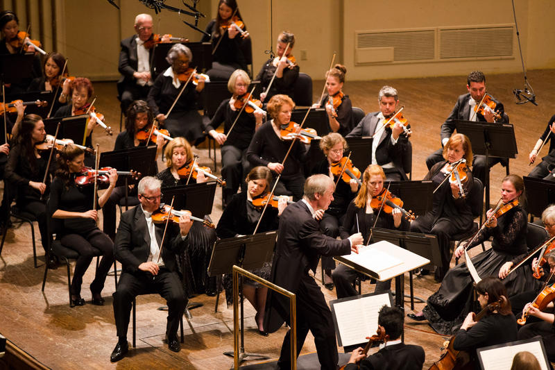 Music director David Robertson conducts the St. Louis Symphony.