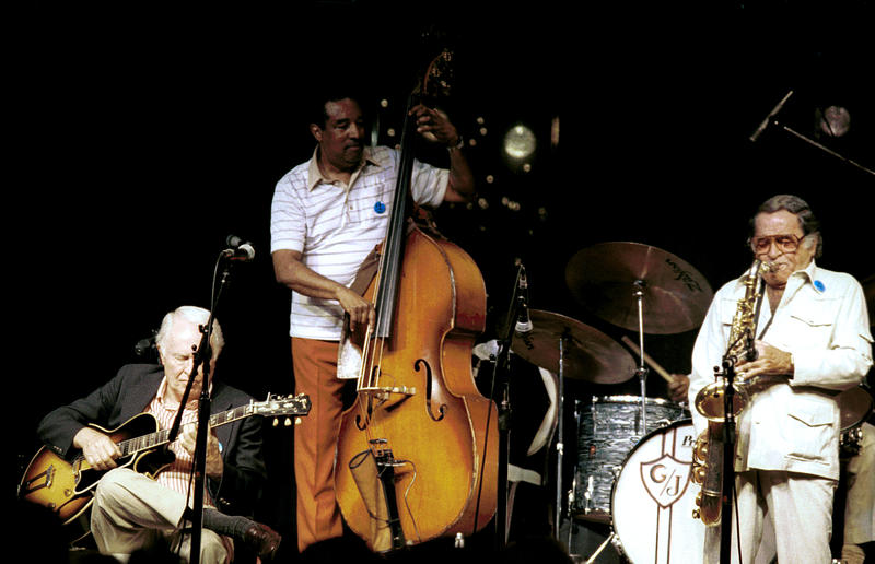 Herb Ellis, Ray Brown and George Auld (ts)-1986
