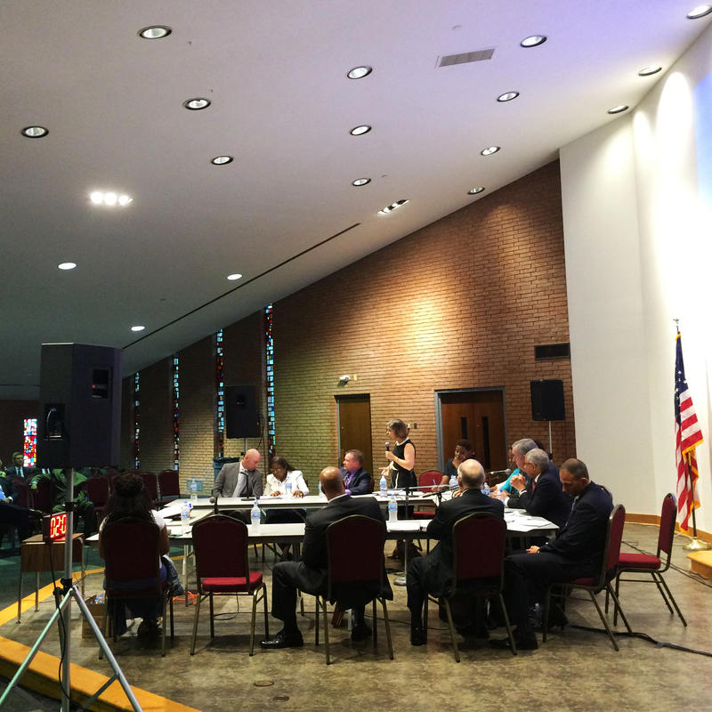 Ferguson Decree monitoring candidates respond to questions from the public