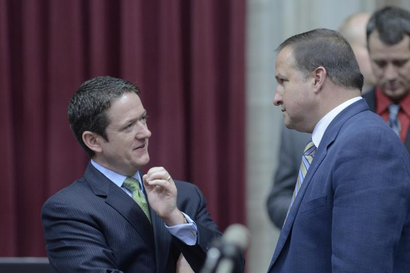 Speaker Tim Jones and Majority Leader John Diehl confer during session's final hours