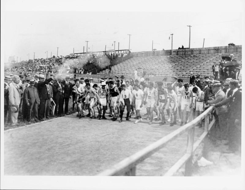 The start of the marathon race at the 1904 Olympics, held in St. Louis.