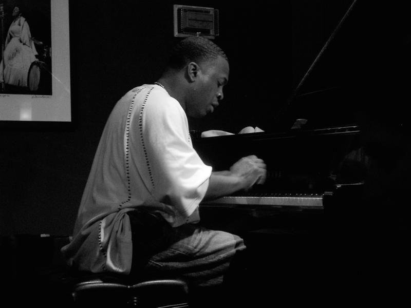 Carlos McKinney-2003