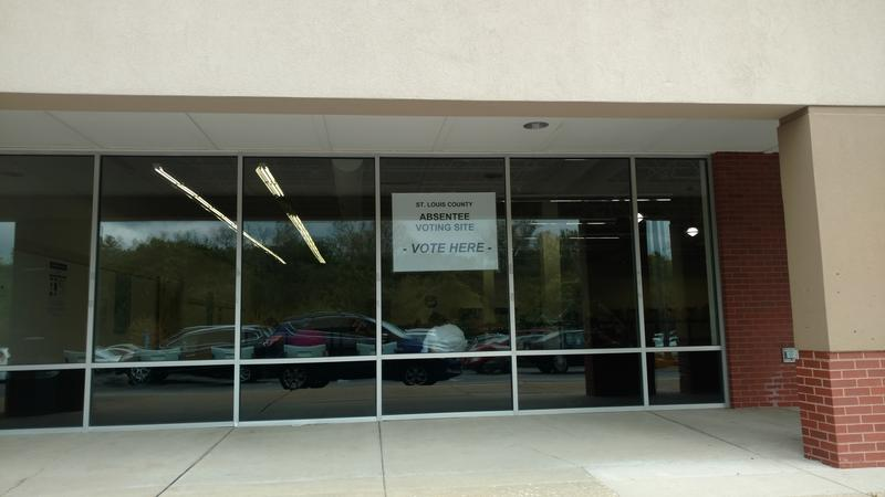 St. Louis County's temporary absentee-voting office is in Maplewood's Deer Creek shopping center.
