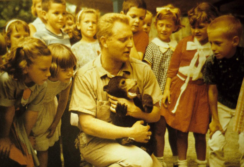 Charlie Hoessle helped start the St. Louis Zoo's education department in the 1960s.