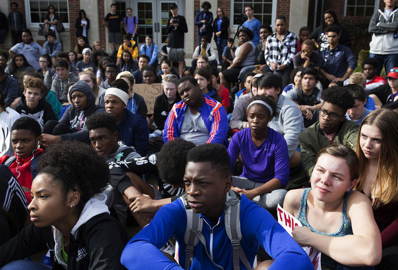About 200 students sat outside the school Thursday afternoon to listen to and support each other. (Nov. 17, 2016)