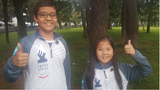 Gold medal winners: Rochelle Wu in Girls under-10 and Nikhil Kumar in Open under -12, give a thumbs up
