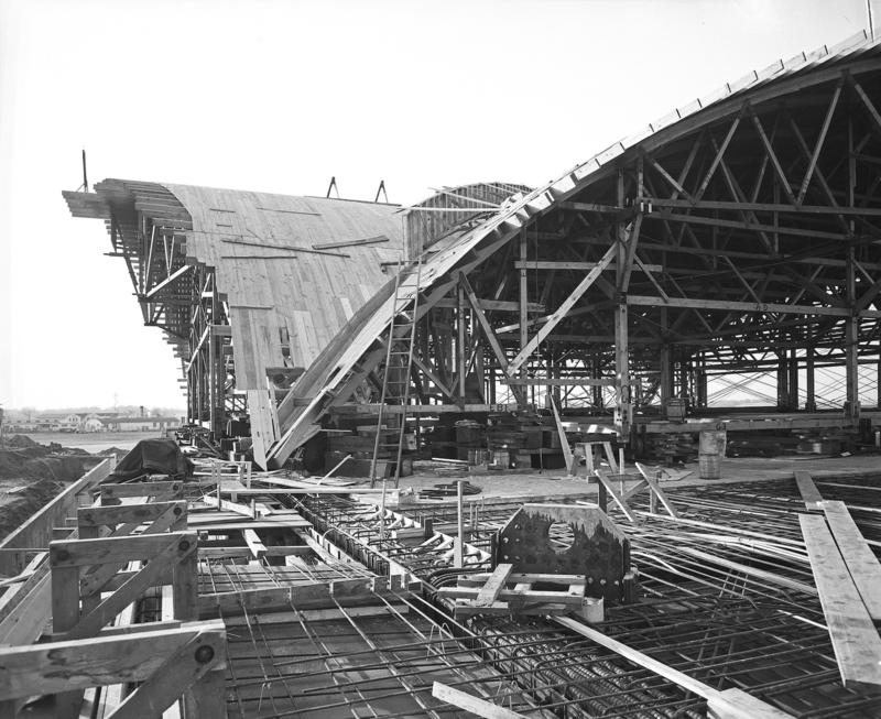 Construction of the terminal designed by Minoru Yamasaki began in 1953. This photo shows the wooden framework that workers constructed before pouring the concrete to make the thin-shell concrete structure.