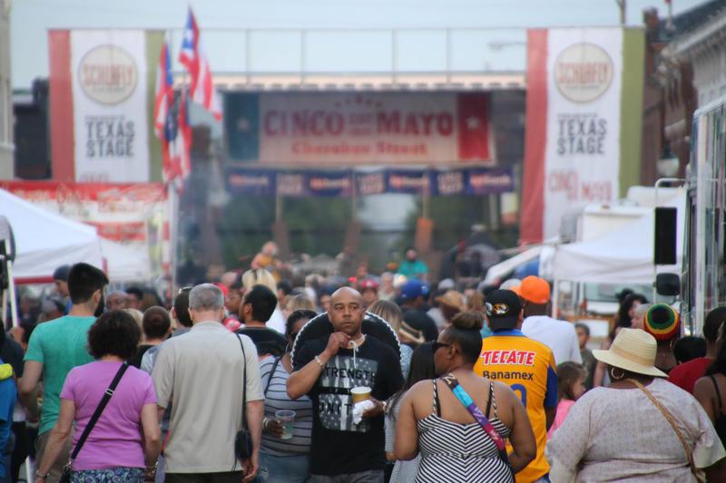 Revelers crowd Cherokee Street at a Cinco de Mayo celebration in 2016.
