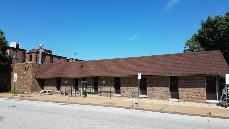 St. Louis officials signed a lease for a temporary homeless shelter to be put at this building, at 23rd and Pine.