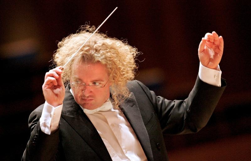 Stéphane Denève will be the St. Louis Symphony's next music director.