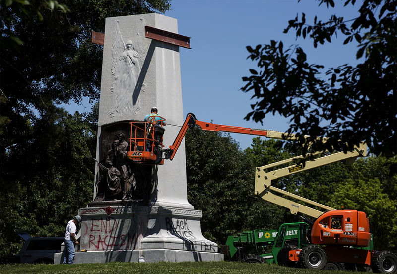 Contractors start to prep the Confederate Memorial for removal on June 19, 2017.