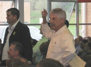 Phillip G. Gonzalez tries to make a point at 2008 GOP's 2nd Congressional District Convention 300 pixels