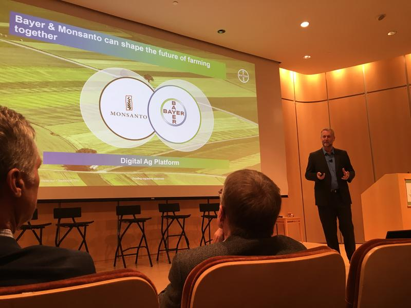 Adrian Percy, head of research and development at Bayer CropScience, delivers the keynote speech  at the 2017 Ag Innovation Showcase at the Donald Danforth Plant Science Center.