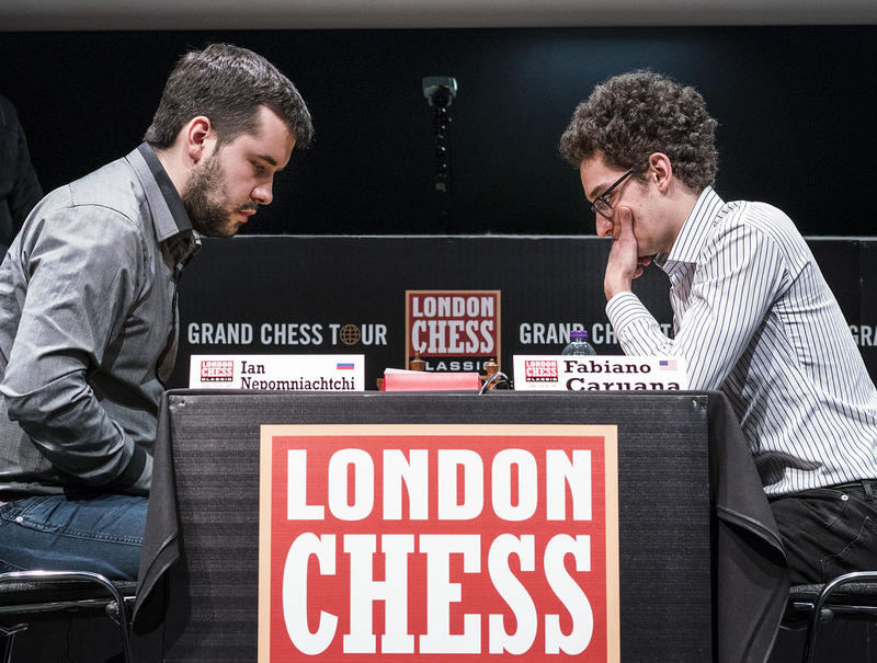 Fabiano Caruana and Ian Nepomniachtchi in the playoff round of the 2017 London Chess Classic
