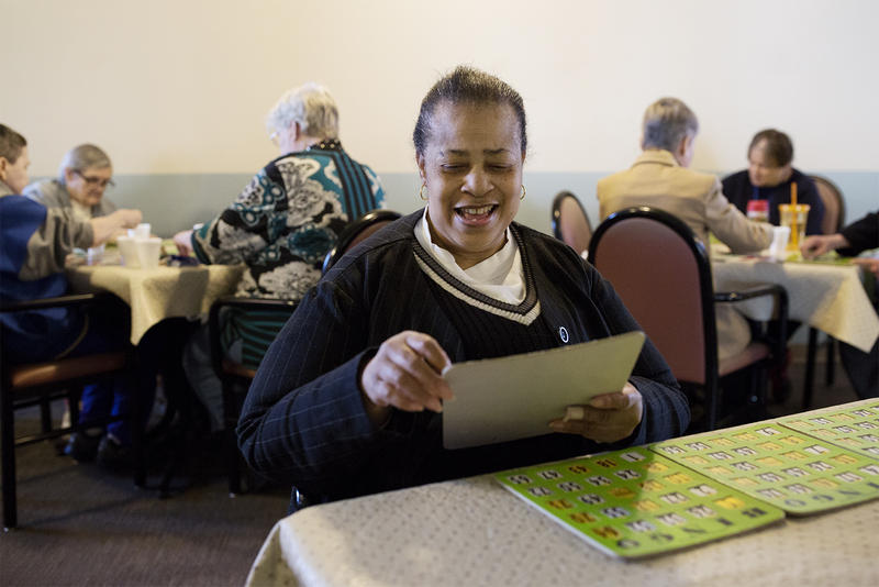 Betty Arrington plays afternoon bingo at the Mary Ryder Home. (Jan. 4, 2017)